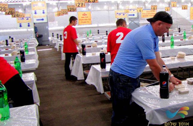 תיעוד מאחורי הקלעים במטבח ההכנסת אורחים של שיינר באומן
