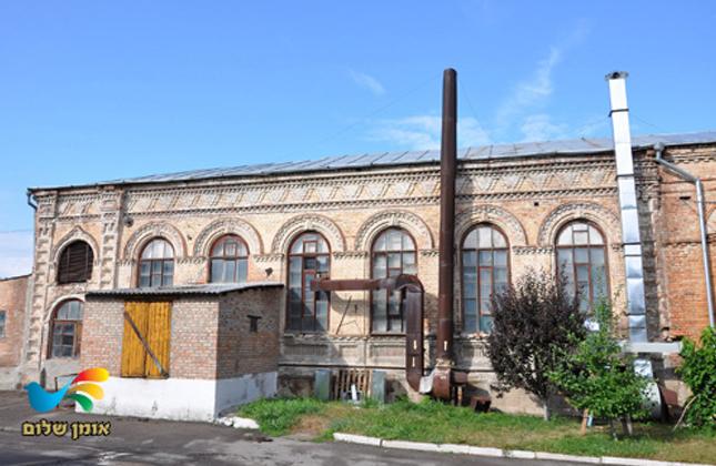 ראש ממשלת אוקראינה מר ולדימיר גרויסמן התחייב לפעול ולהחזיר את הקלויז באומן