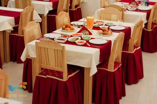 מסעדת מלון חושן באומן
