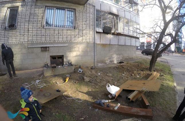 בעל דירה יהודי החל בחפירות בשטח בית הקברות הישן הנמצא סמוך לרחוב פושקינה