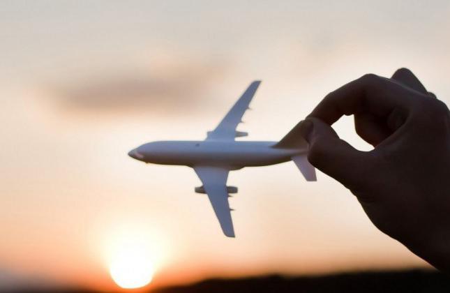 טיסה לאומן המדריך המלא