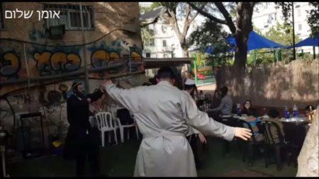ריקודים בחג הפורים בברסלב רחובות