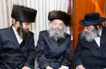 """שמחת החתונה לנכדת הרה""""ח ר' ישראל מאיר גבאי שליט""""א"""