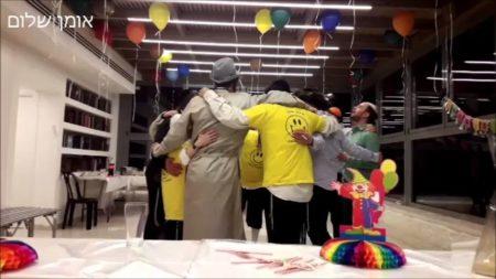 """שמחת פורים אצל המשפיע הרה""""ח ר' ברוך מרדכי (מוטה) פראנק שליט""""א"""