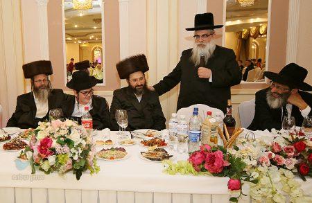 """ומִשֶּׁפַע מִצְוַת תְּפִילִין • שמחת בר המצווה לבנו של הרב הלל כהן מנהל """"איחוד הצלה"""" אוקראינה"""