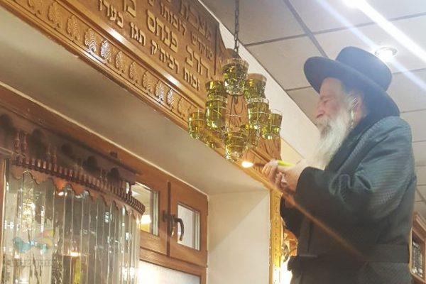 """גם השנה יצאה קהילת ברסלב ננמ""""ח צפת אל עבר עיר הגעגועים אומן • תיעוד"""