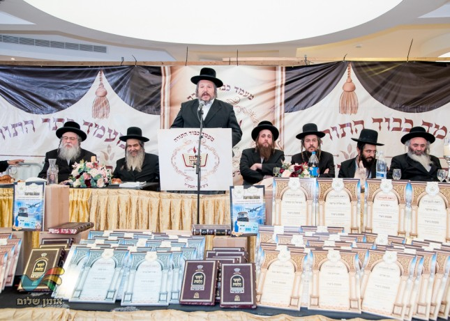 ראש העיר הרב מאיר רובינשטיין הי''ו
