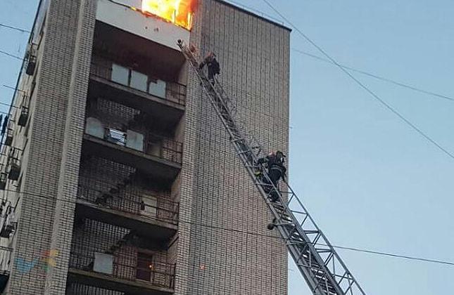 אומן: לפנות בוקר פרצה שריפה בבנין המגורים פורוסקה 6 באומן • ללא נפגעים