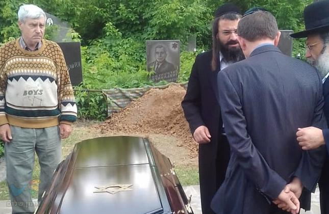 חסידי ברסלב ליוו למנוחת עולמים את אחיו של האוליגרך אלכסנדר גרנובסקי