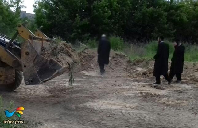 עצמות קדושי אומן נזרקו בביזיון נוראי באתר פסולת סמוך לשדה התעופה הצבאי