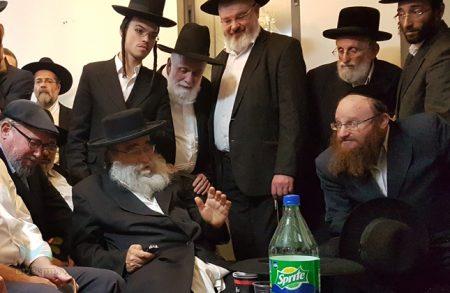 """הגאון המקובל רבי גמליאל רבינוביץ שליט""""א בדברי ניחום: """"יהודי עילאי שחי בדורינו"""""""