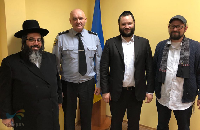 נערכים לראש השנה: פגישה חשובה בין המשטרה לבין הקהילה והעסקנים באומן