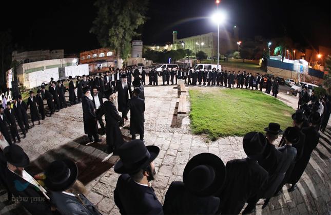 """סיום מסכת זבחים וחלוקת מלגות ברשת הכוללים שע""""י מוסדות """"קבר רחל"""""""