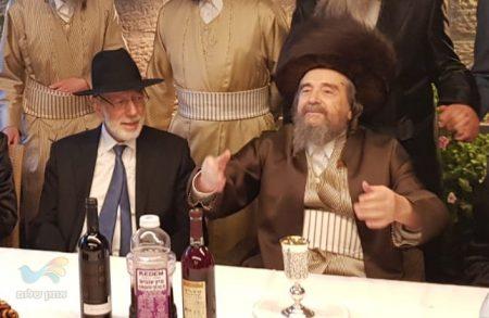 """הרה""""צ רבי יעקב מאיר שכטער שליט""""א בסוכתו של הנגיד ר' רובי שראן"""