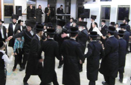 """הילולת רבנו הקדוש בביהכנ""""ס ר' אברהם ויצהנדלר זצ""""ל שכונת רמות ירושלים"""