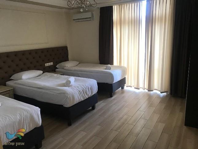 תמונות מלון אורות באומן – המלונות המומלצים באומן