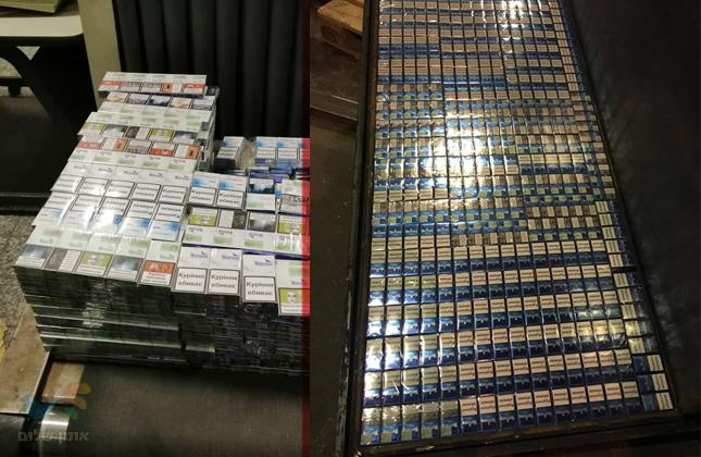 פקידי המכס בקייב סיכלו הברחת ענק של למעלה מ-27 אלף חפיסות סיגריות