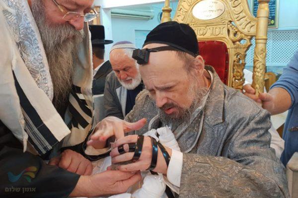 """המקובל בברית קודש לבנו של גבאי בית הכנסת """"היכל הקודש"""" בישוב יבניאל"""