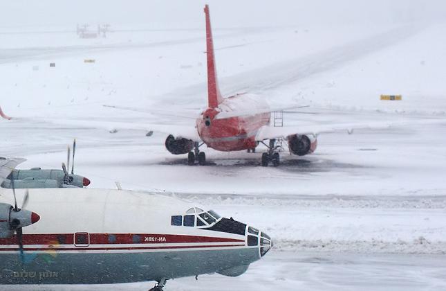 נוסעים לאומן, שימו לב! ירידה משמעותית בטמפרטורות באוקראינה עם שלג קל