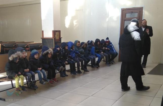 אומן: בצל המצב הביטחוני התכנסו ילדי אומן לאמירת תיקון הכללי בציון הק'