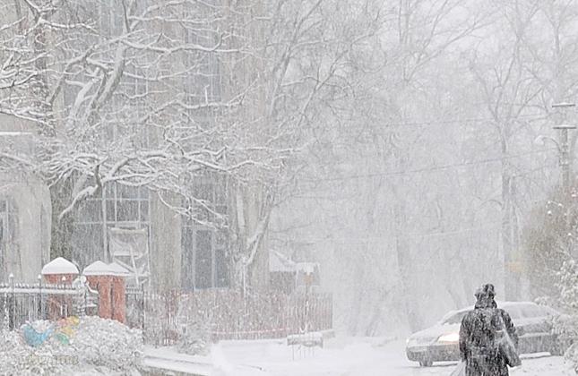 החזאים מתריעים: ציקלון בדרך לאוקראינה • החל ממחר סופת שלגים ברחבי אוקראינה