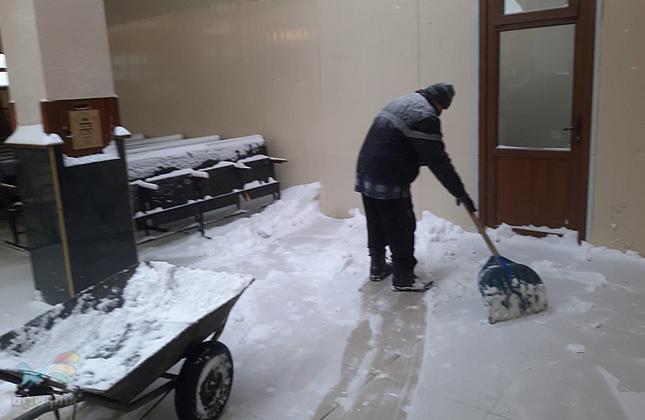 סופת שלגים ומזג אויר קיצוני הגיעו במהלך היממה האחרונה לאומן • צפו