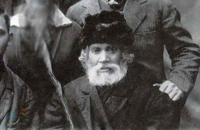 """נמצאה תמונה נדירה של רבי אברהם שטרנהרץ זצ""""ל לפני צאתו לארץ ישראל"""