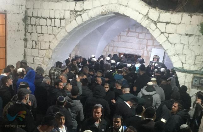 במהלך אבטחת כניסתם של מאות מתפללים לשכם בוצע ירי – בנס לא היו נפגעים