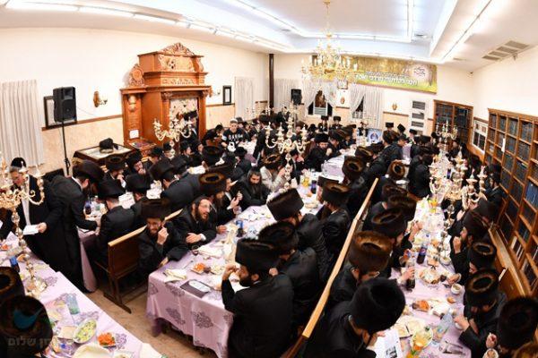 מעמד מרגש רב משתתפים התקיים במוצאי שבת קודש בהיכל כולל חצות ביתר עילית