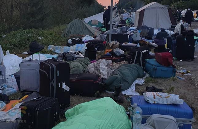 החג בפתח ובשטח נשארו כמה מאות של חסידי ברסלב שמסרבים לעזוב את הגבול